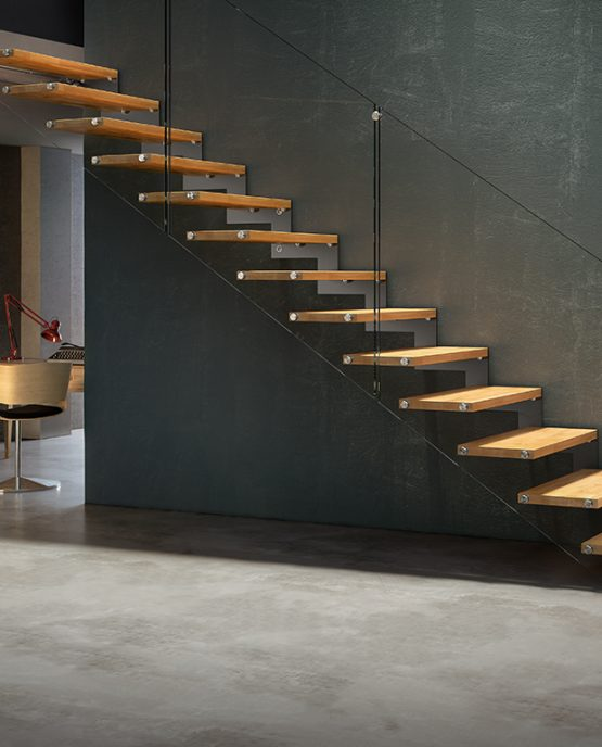 Fulmine R90A Linear Staircase With Glass Balustrade